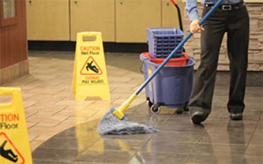 restaurant cleaning supplies